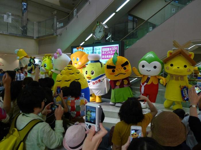 近鉄百貨店本店で開催された「全国ご当地キャラクターぷち集合」に行ってきたよ!!